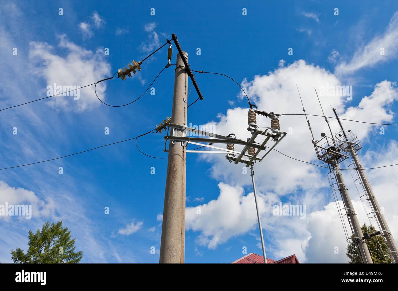 Ausgezeichnet Verzinnter Draht Elektrisch Bilder - Elektrische ...