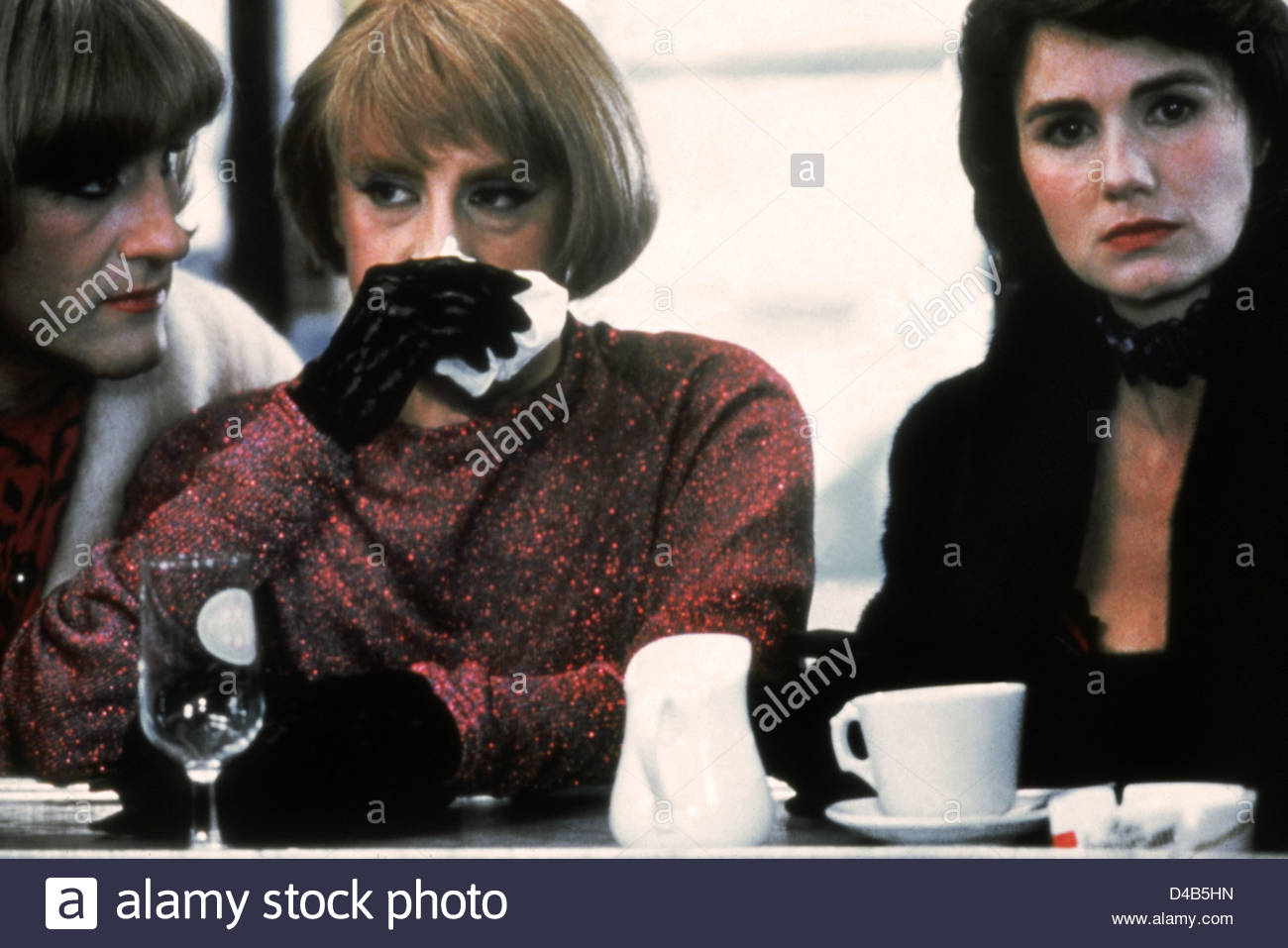 TENUE DE SOIRÉE (1986) MENAGE (ALT) GERARD DEPARDIEU MICHEL BLANC MIOU MIOU BERTRAND BLIER (DIR) TDS 001 MOVIESTORE Stockbild