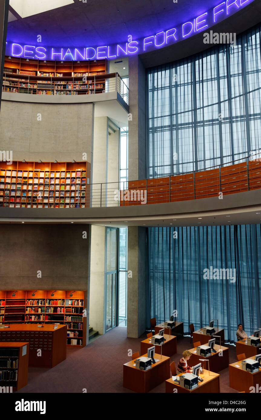 Modern Berlin Library Stockfotos & Modern Berlin Library Bilder - Alamy