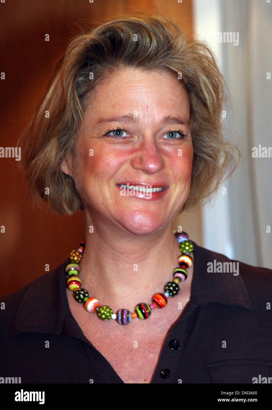 """Delphine Boel ist während der Präsentation ihres Buches """"De Navelstreng Doorknippen"""" abgebildet (""""um die Nabelschnur Stockfoto"""