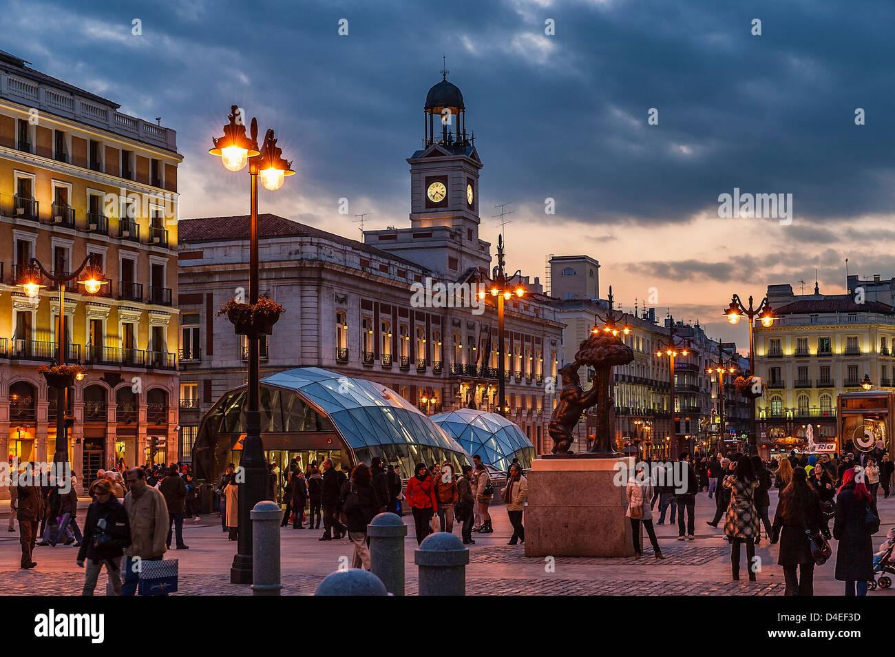 Puerta del Sol Nachtleben, Madrid, Spanien Stockbild