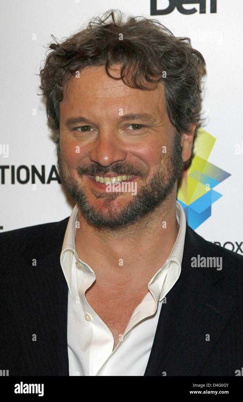 """Britischer Schauspieler Colin Firth kommt bei der Premiere des Films """"Easy Virtue"""" während der 2008 Stockbild"""
