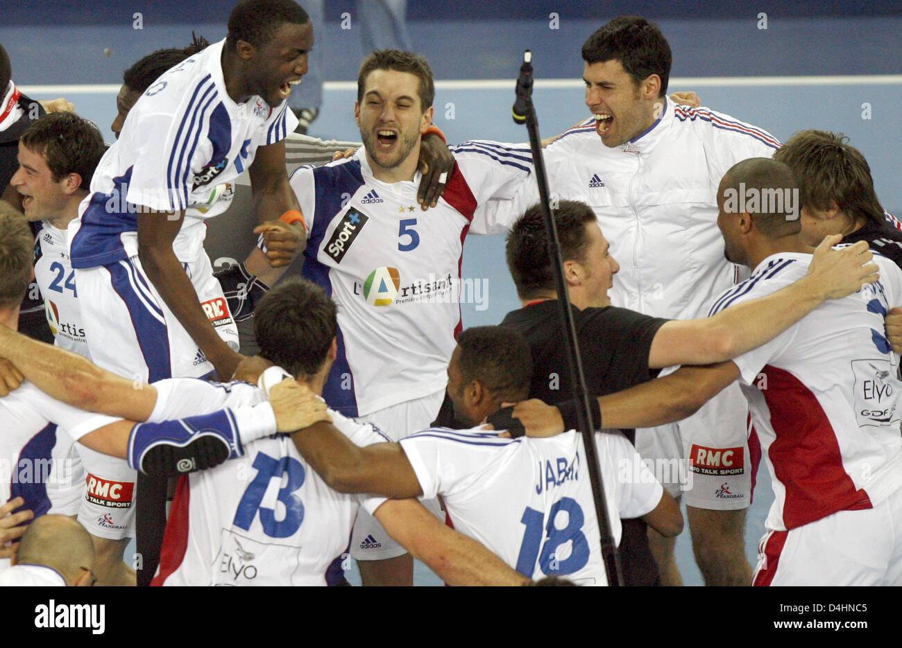 Frankreich? s Spieler feiern ihre Mannschaft? s-Sieg in der Handball-WM-Finale match Frankreich Vs Kroatien in Zagreb, Stockfoto