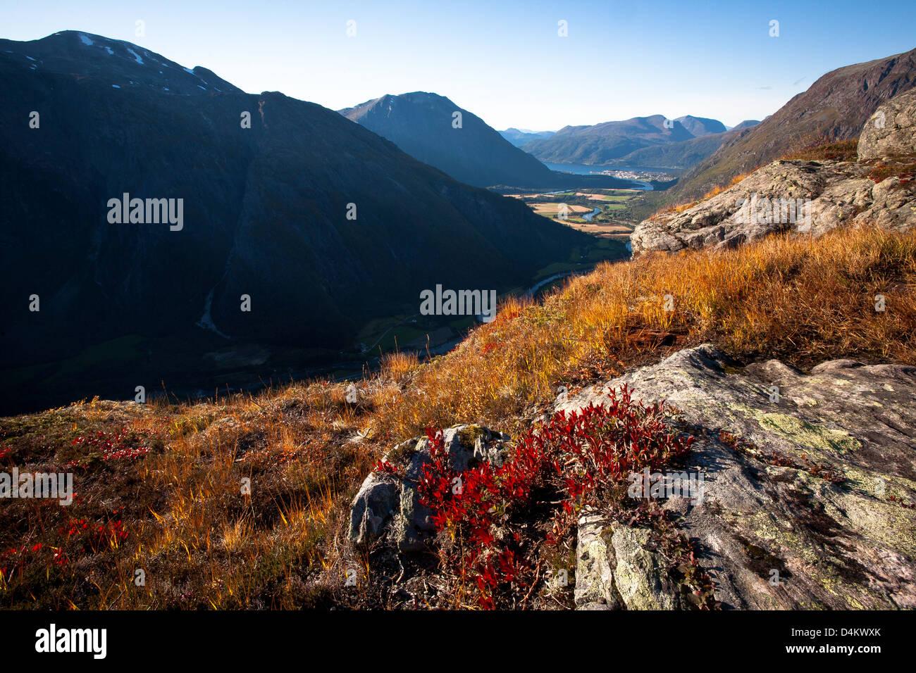 Romsdalen Tal gesehen von Litlefjellet, Rauma Kommune, Møre Og Romsdal, Norwegen. Stockfoto