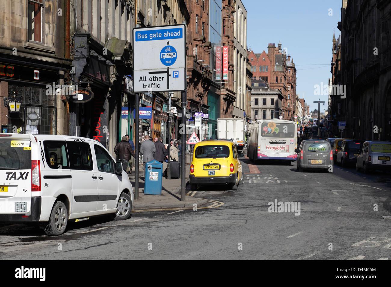 Blick nach Norden bis Hope Street in Glasgow City Centre, Schottland, UK Stockbild