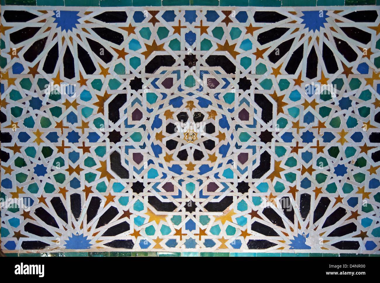 Maurische Fliesen In Der Alhambra Stockfoto Bild Alamy - Fliesen maurisch
