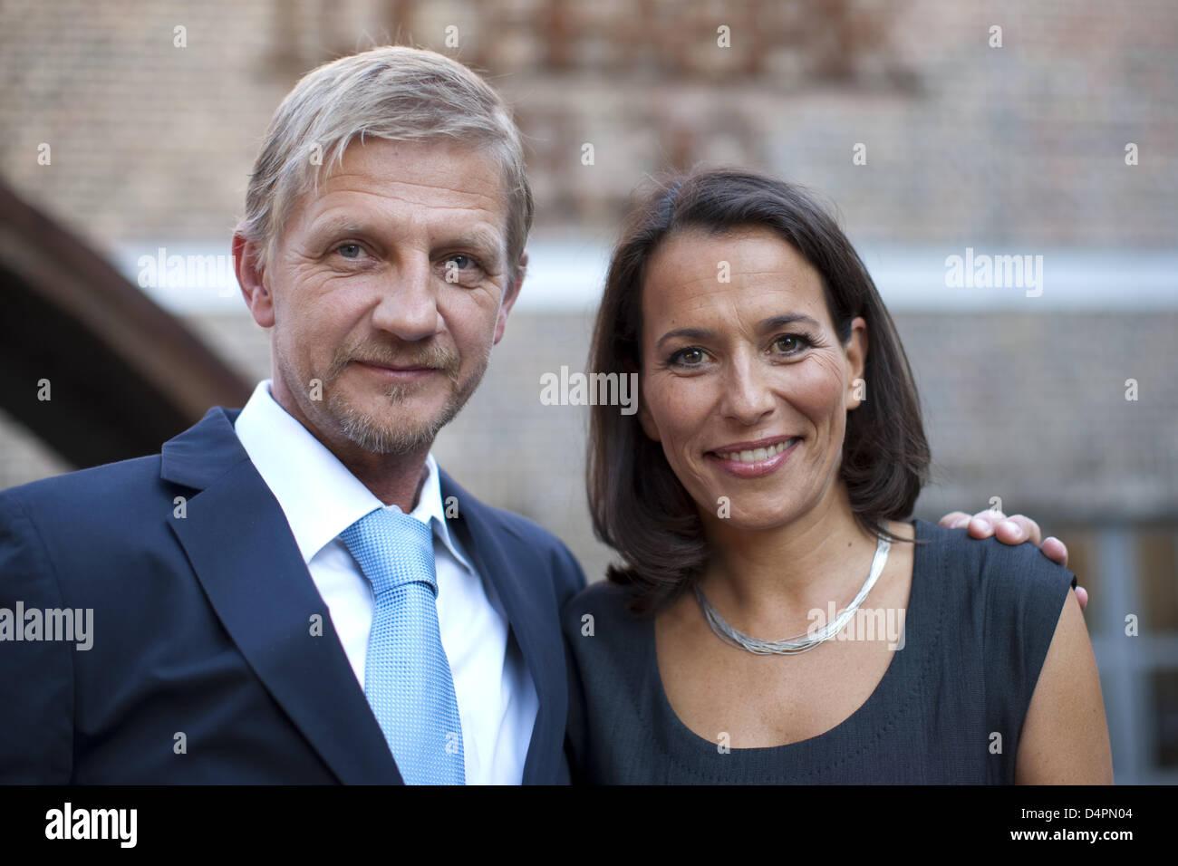 Deutsche Regisseurin Soenke Wortmann und TV-Moderatorin Anne Will ...