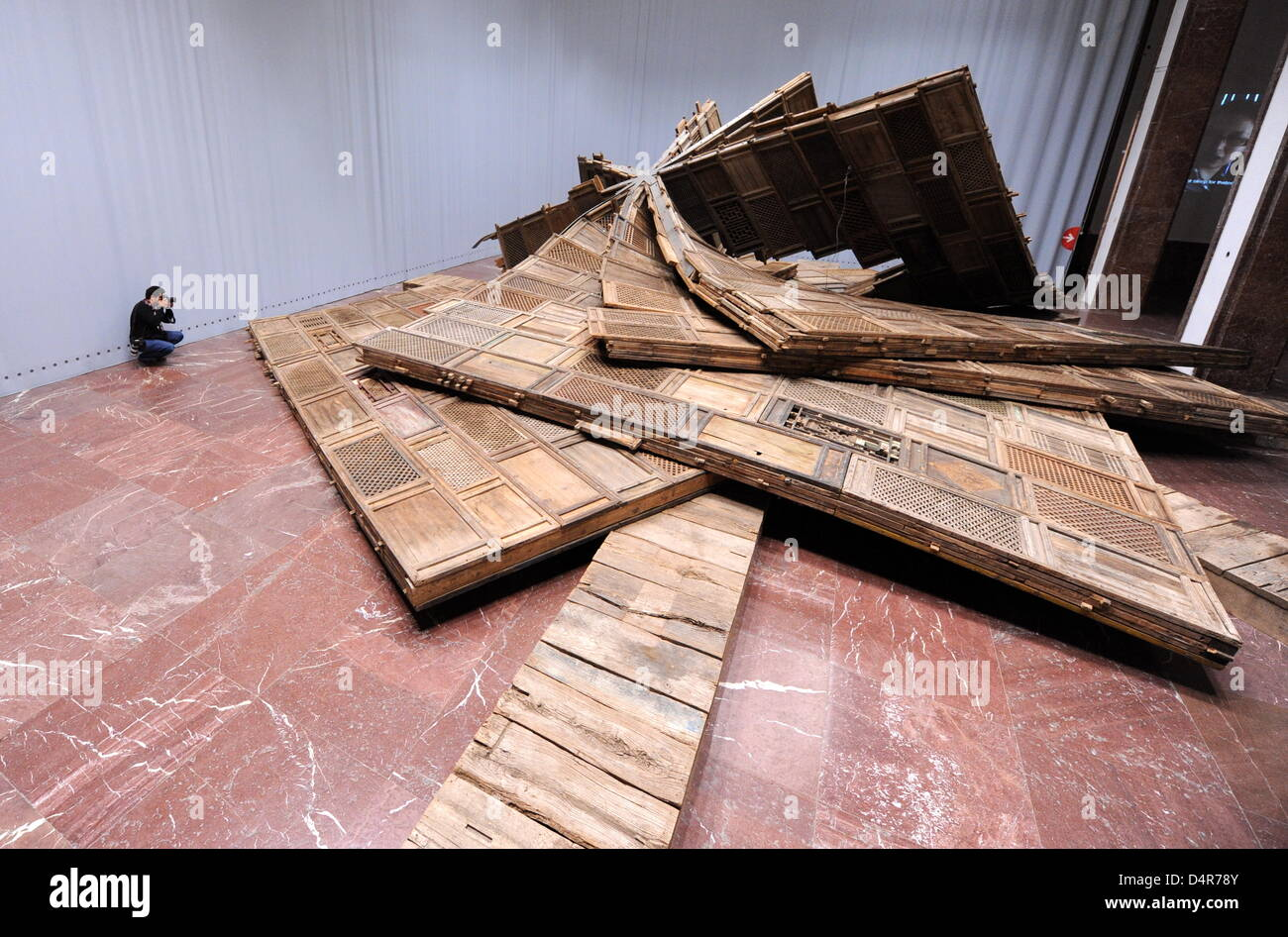 destroyed munich stockfotos destroyed munich bilder alamy. Black Bedroom Furniture Sets. Home Design Ideas