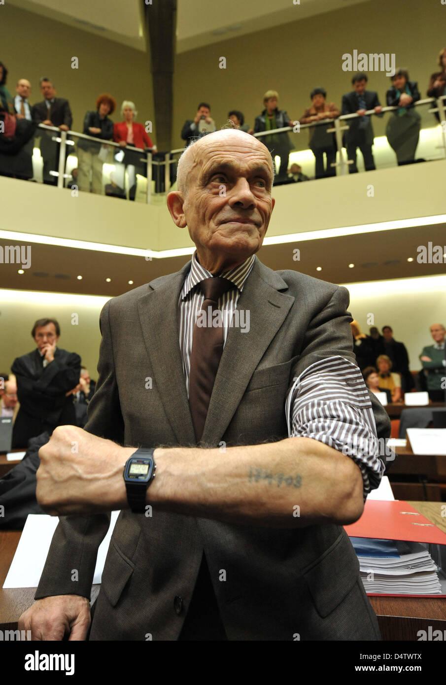 überlebender Des Kz Auschwitz Birkenau Und Gemeinsame Kläger