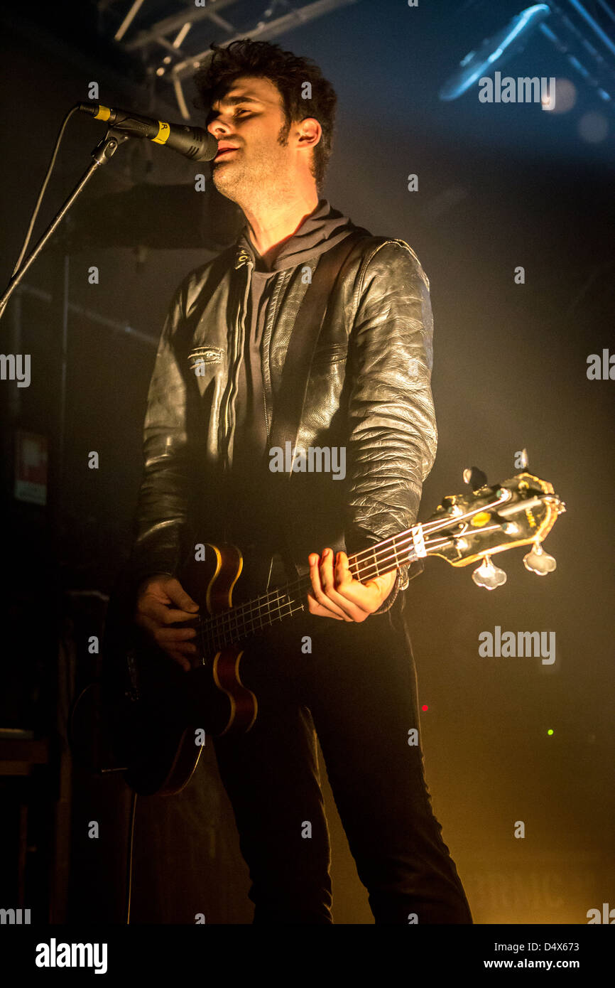18. März 2013 - tritt The Black Rebel Motorcycle Club, alternative-Rock-Band bei Magazzini Generali, Mailand, Stockbild