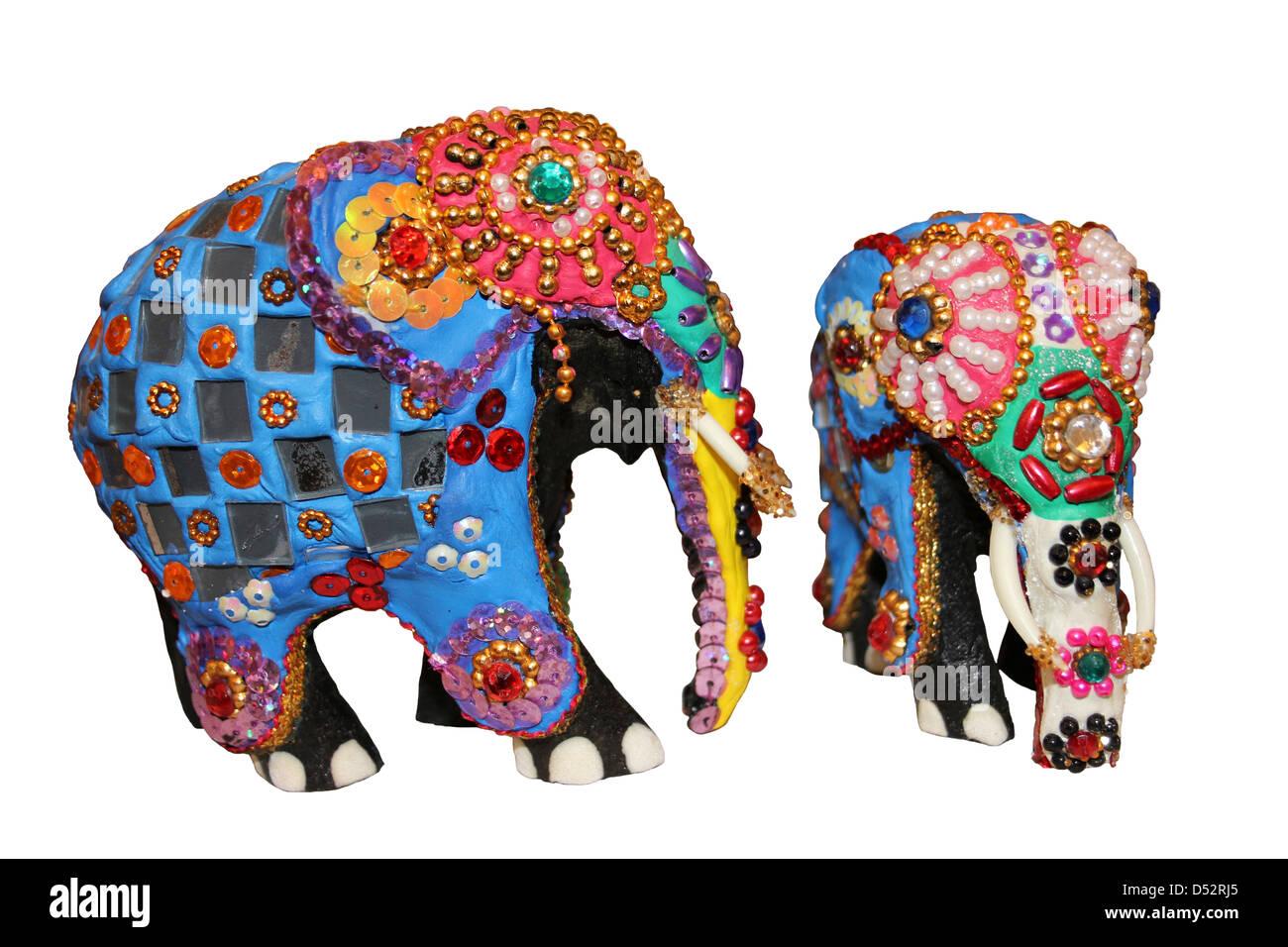 Internationale Antiq. & Kunst Wandbehand Souvenir Thailand Elefanten Pailletten Stickerei