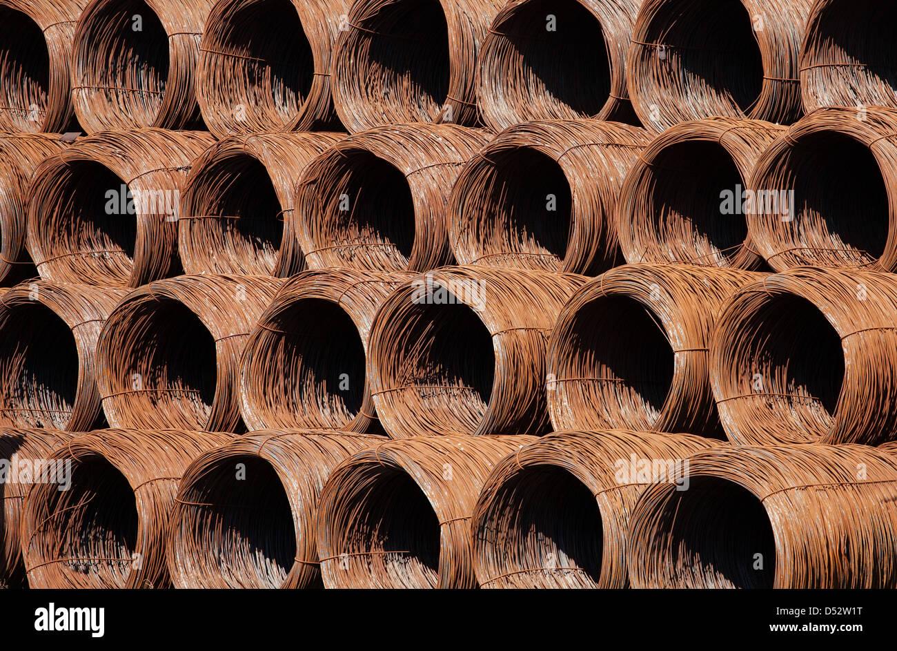 Metal Wire Coils Stockfotos & Metal Wire Coils Bilder - Alamy