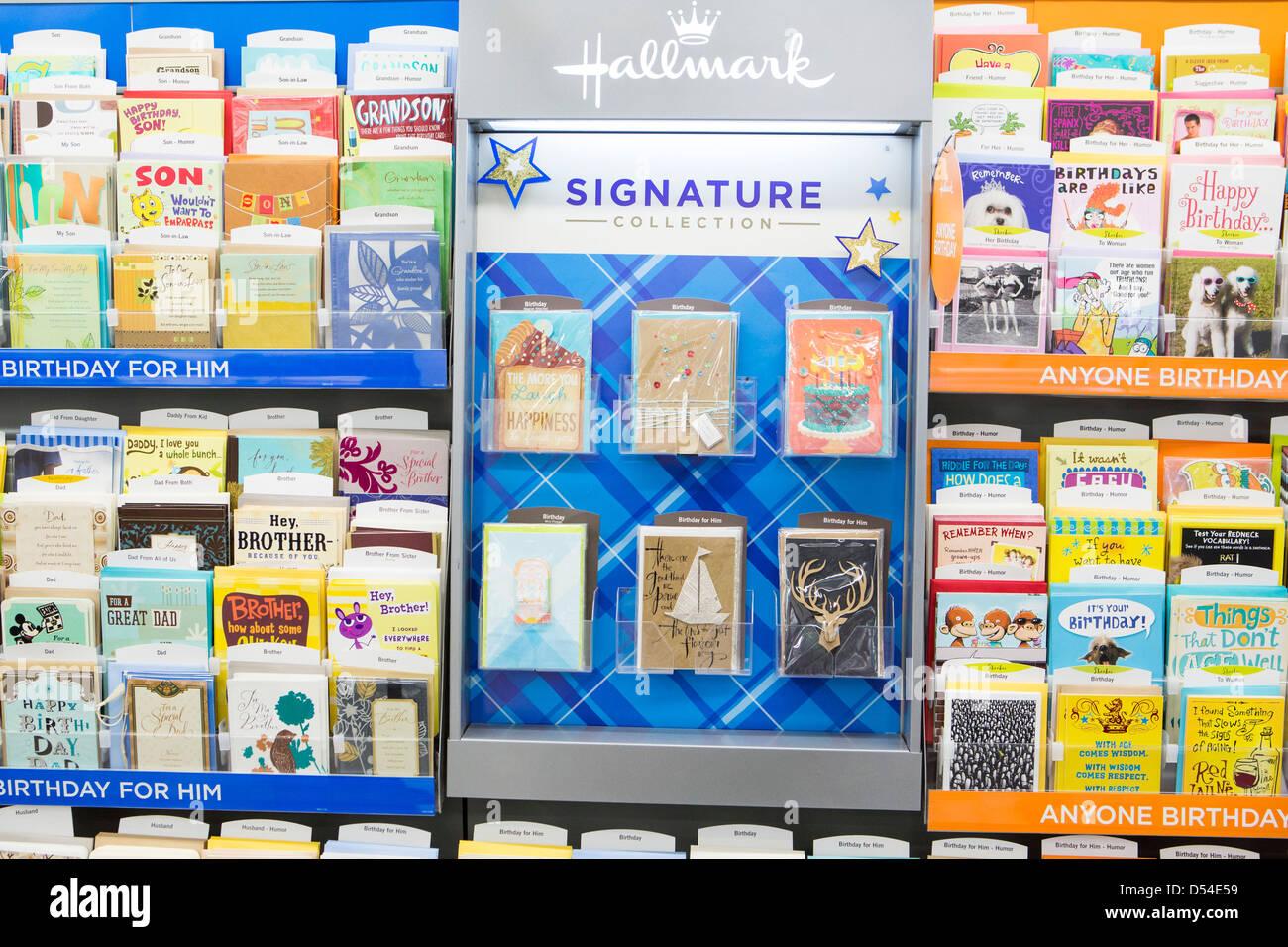 Hallmark Grusskarten Auf Dem Display An Einem Walgreens Flagship Store