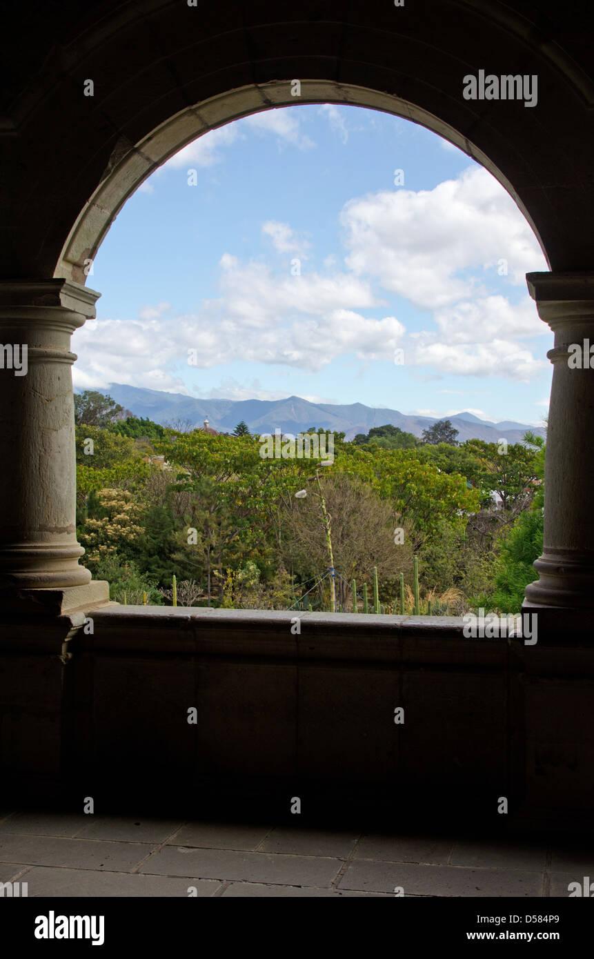 Round Balcony View Stockfotos & Round Balcony View Bilder - Alamy