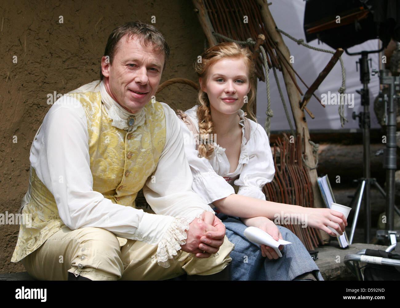Prinzessin auf der erbse film  Schauspieler Rike Kloster und Ulrich Wiggers stellen, da Prinzessin ...