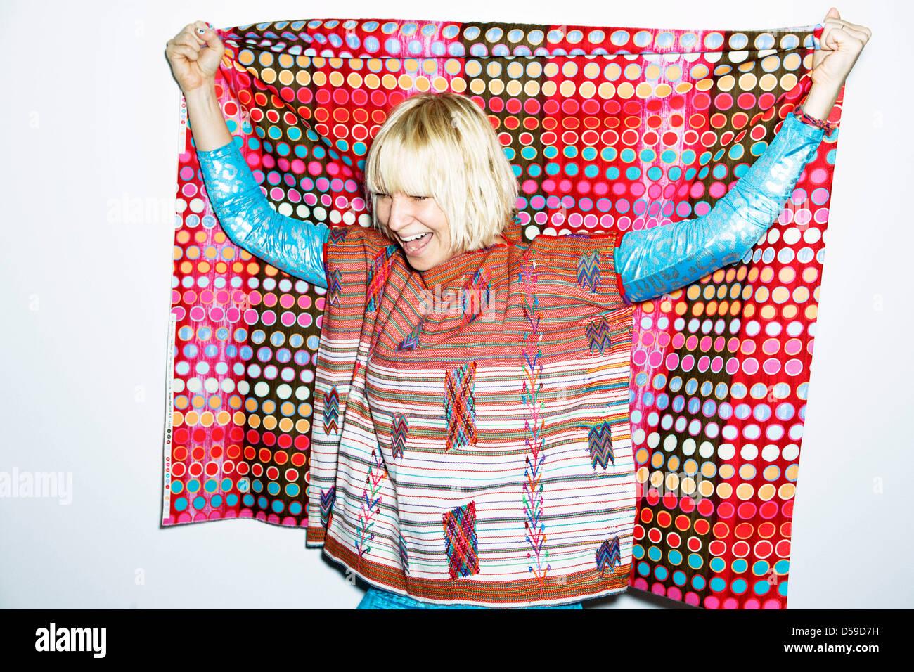 Eine undatierte RJ Shaughnessy/Sony Music Handout der australische Sängerin Sia. SIA durchläuft Therapie Stockbild