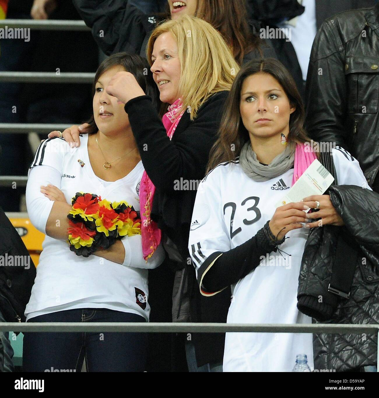Daniela Loew C Die Frau Des Deutschen Headcoach Joachim Loew Und