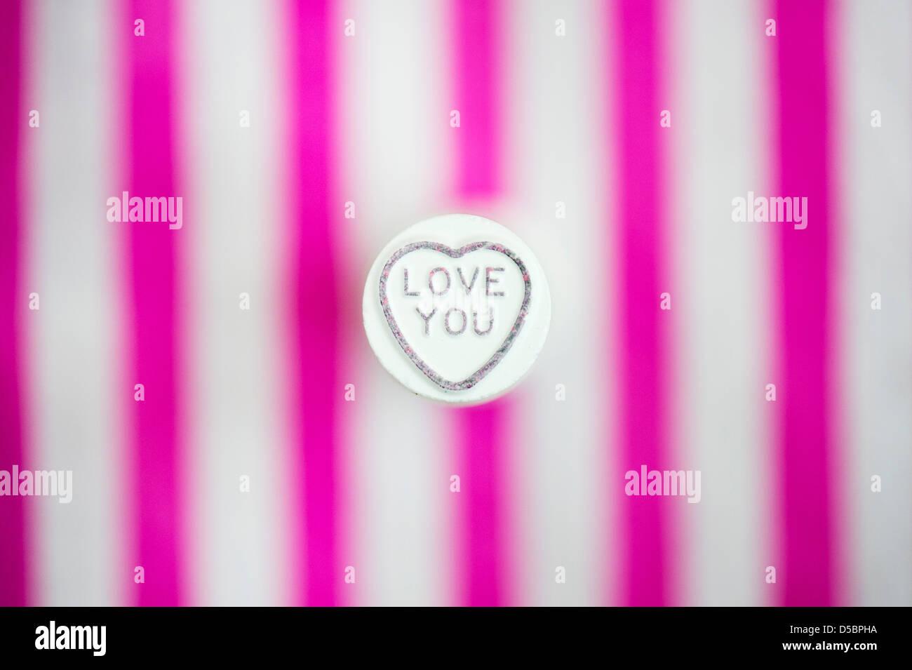Liebe dich. Liebe Herz. Retro-süße Muster Stockbild