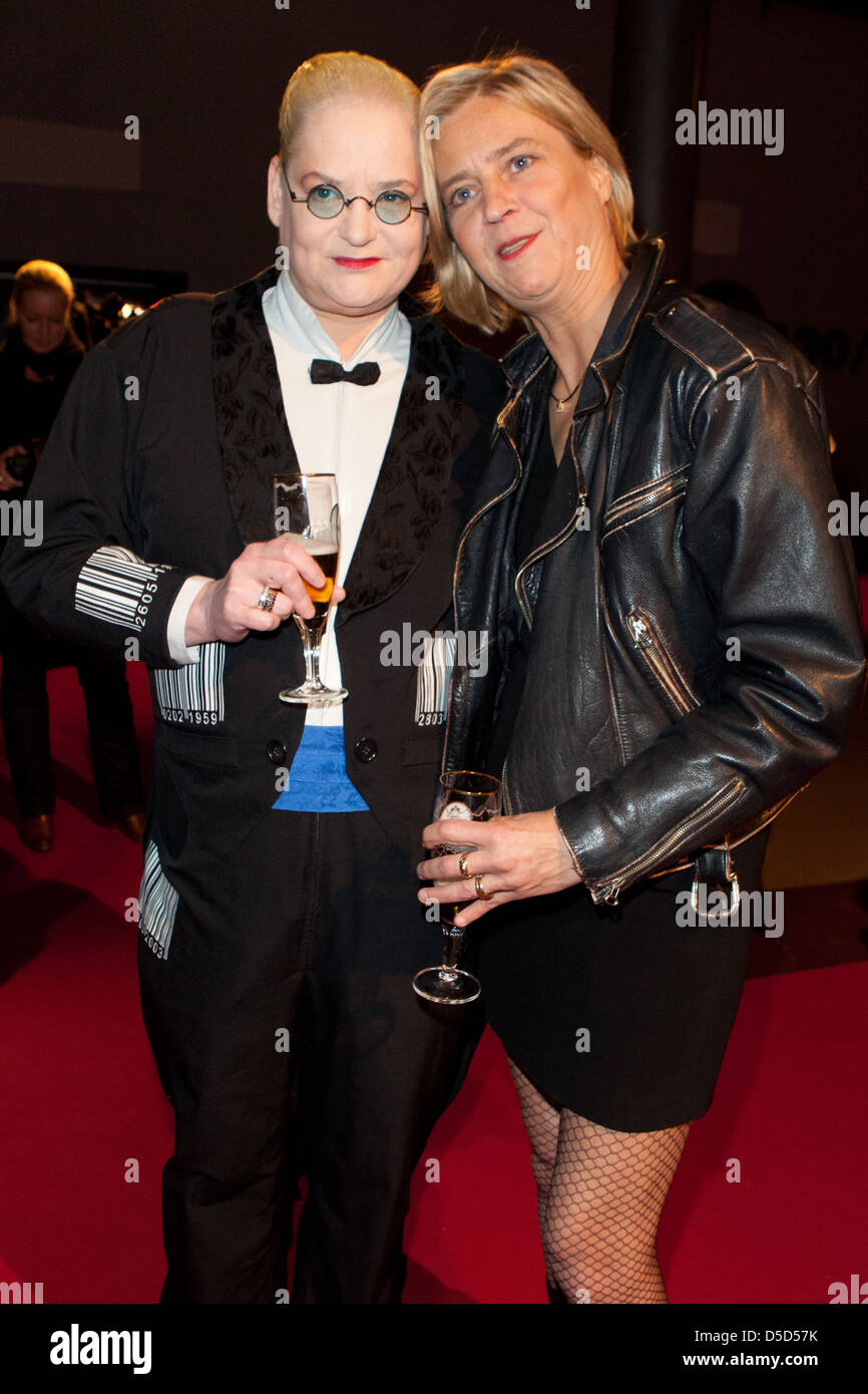 Hella Von Sinnen Cornelia Scheel Beim Award Deutscher Comedypreis