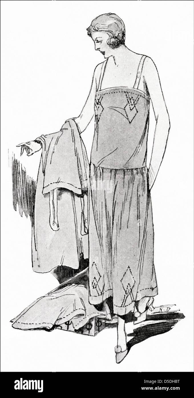 Versandhandel Mode Von 1923 Dreiteilige Reihe Von Slips Unterhemd