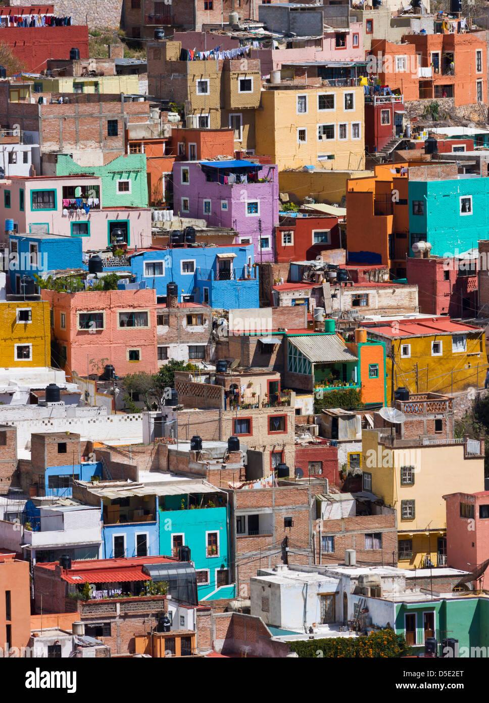 Luftaufnahme von bunten Häusern von Guanajuato, Mexiko Stockbild