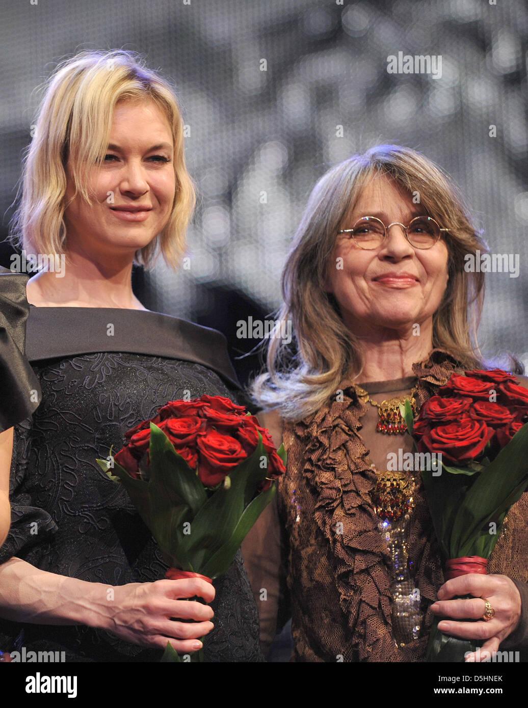 Mitglieder der Jury und Schauspielerinnen Renée Zellweger (USA, L ...