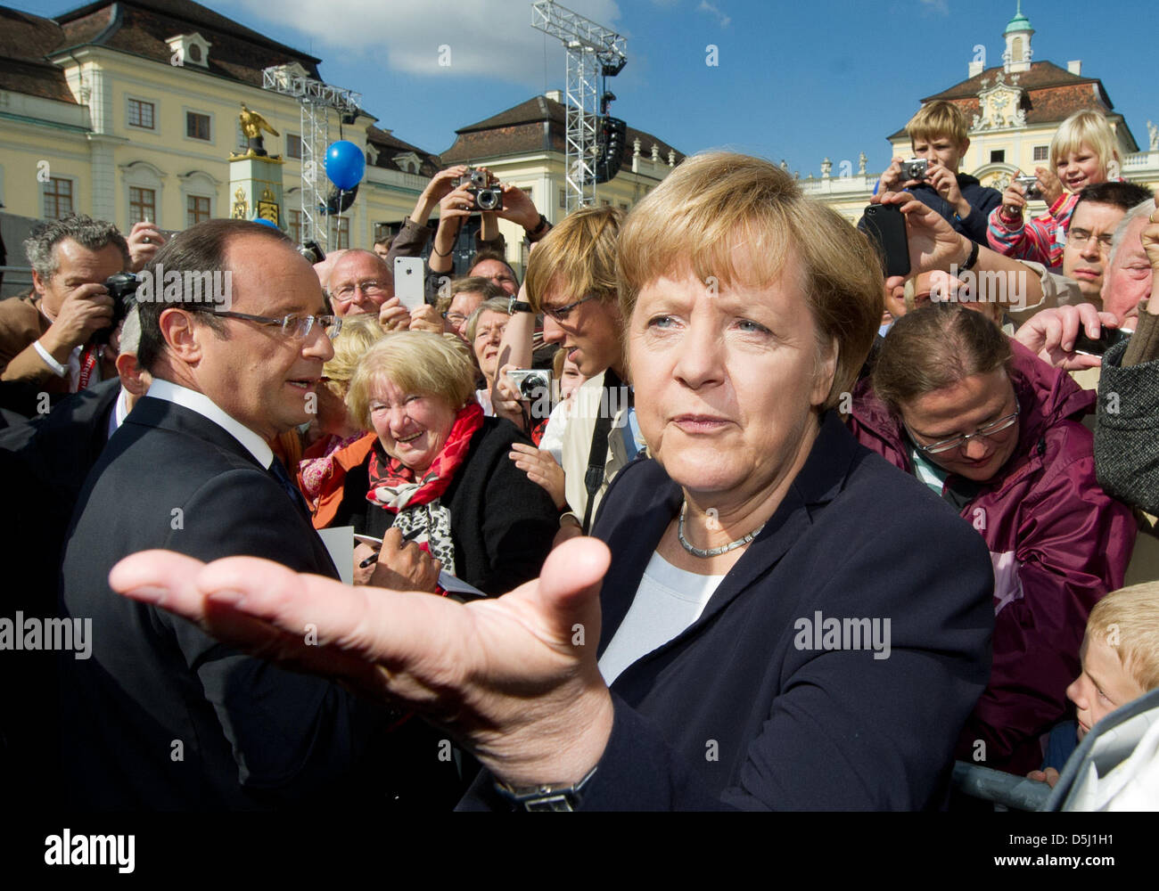 Bundeskanzlerin Angela Merkel Und der französischen Staatspräsident Francois Hollande (l) Nehmen bin 22.09.2012 Stockbild