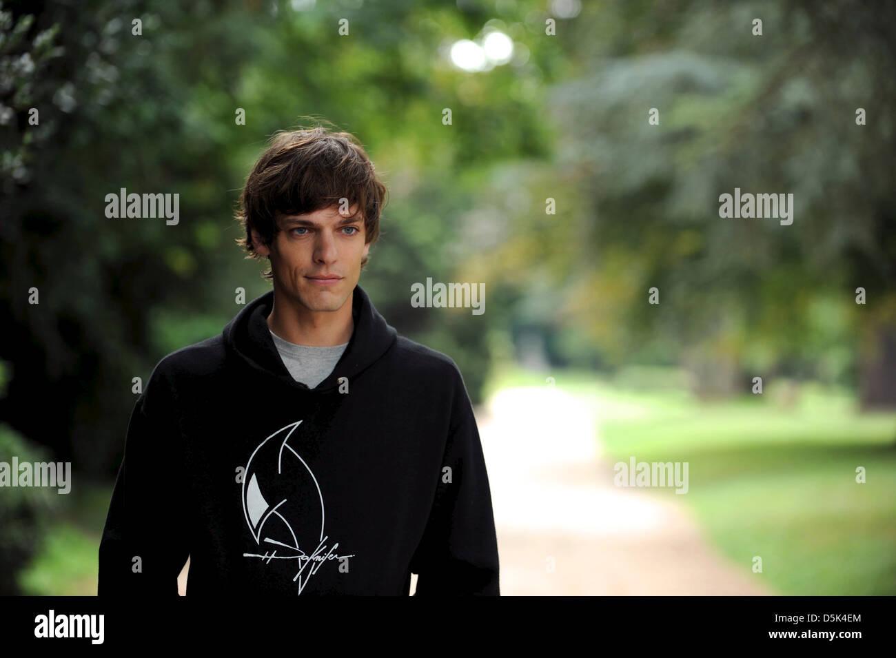 MARTIN CANNAVÒ MA PREMIERE FOIS; MEIN ERSTES (2012) Stockbild