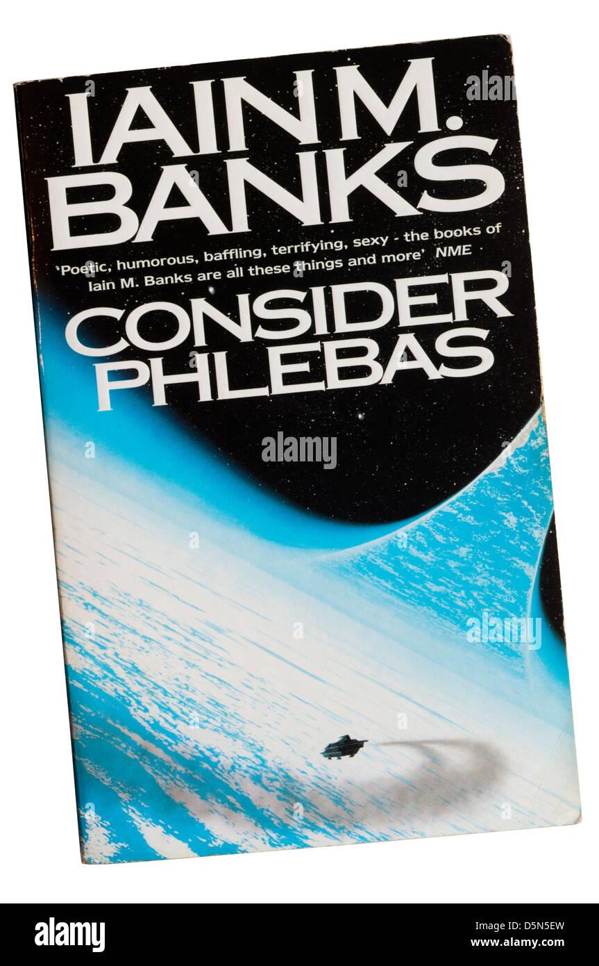 Betrachten Sie Phlebas von Iain M. Banks, der erste in der Kultur-Reihe von Science-Fiction-Geschichten. Stockbild