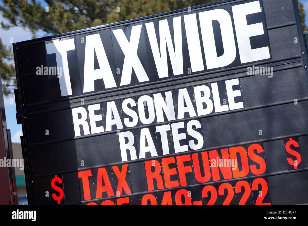 Steuer Vorbereitung Werbung Einkommensteuererklärung einreichen Stockbild