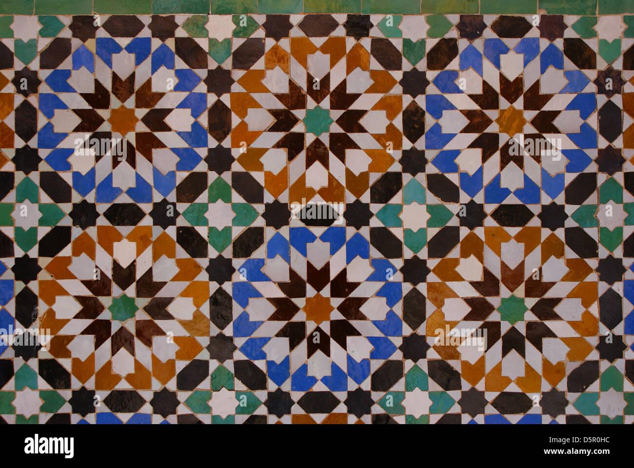 Maurische Fliesen In Ben Youssef Madrasa Marrakesch Marokko - Fliesen maurisch