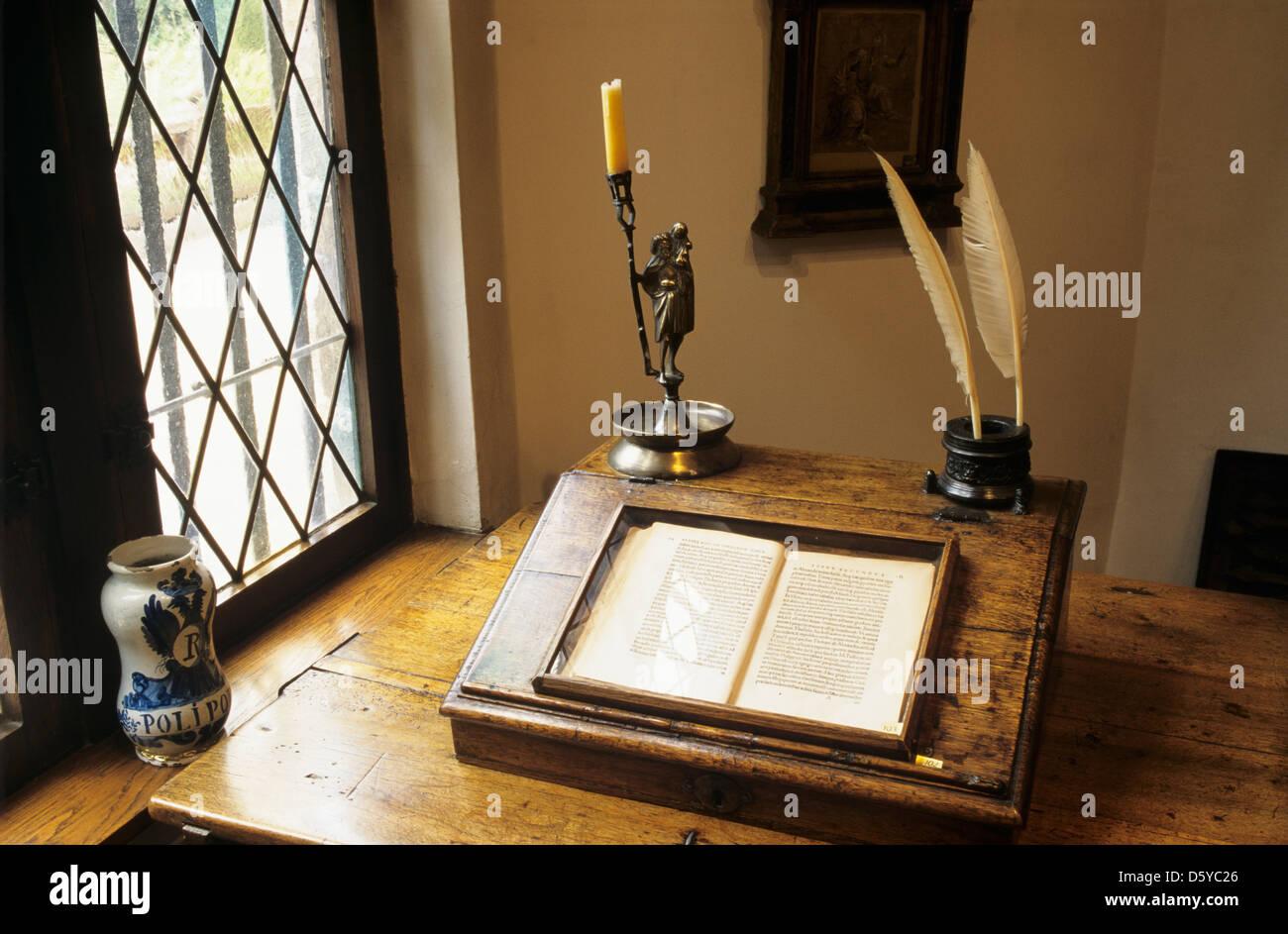 Erasmus Studium im Erasmus House museum Stockbild