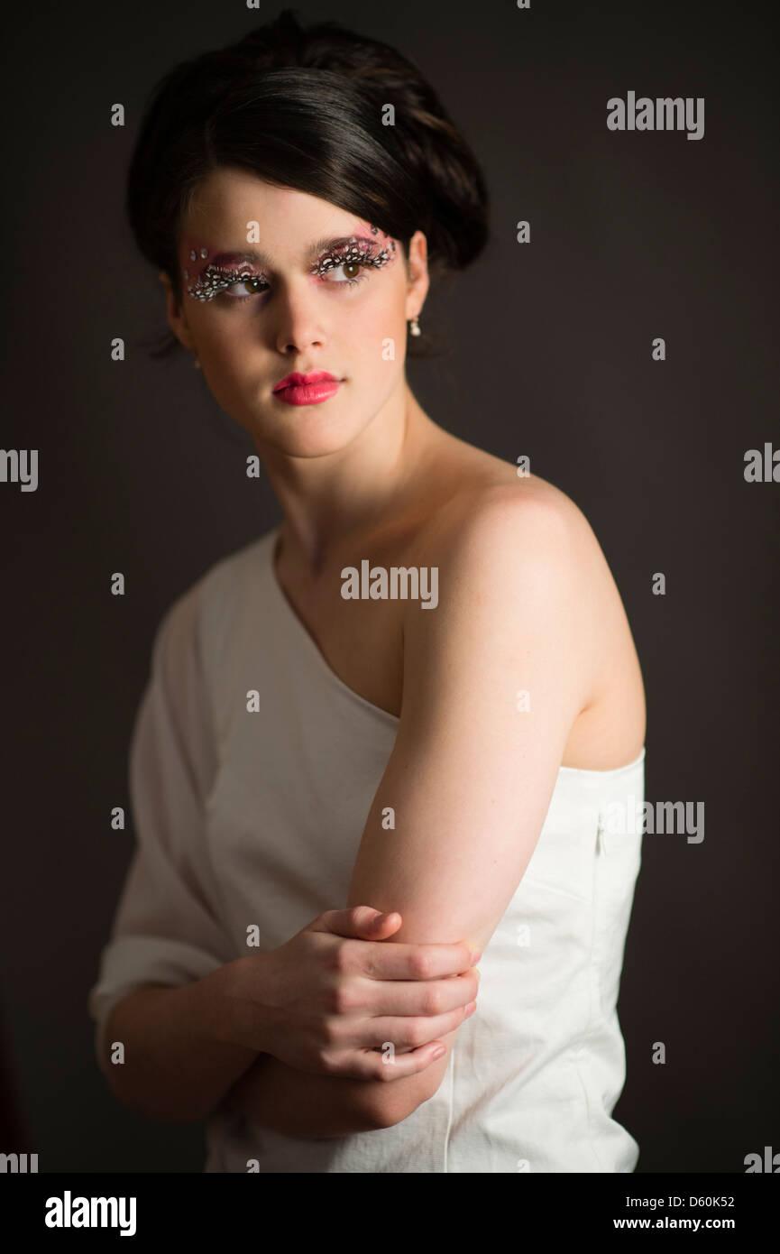 Eine Schöne Junge Frau Teenager Mädchen Mit 60er Jahre Frisur
