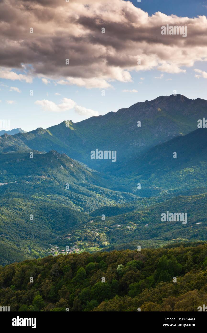 Frankreich, Korsika, Fiumorbo, Prunelli di Fiumorbo, Berglandschaft Stockfoto