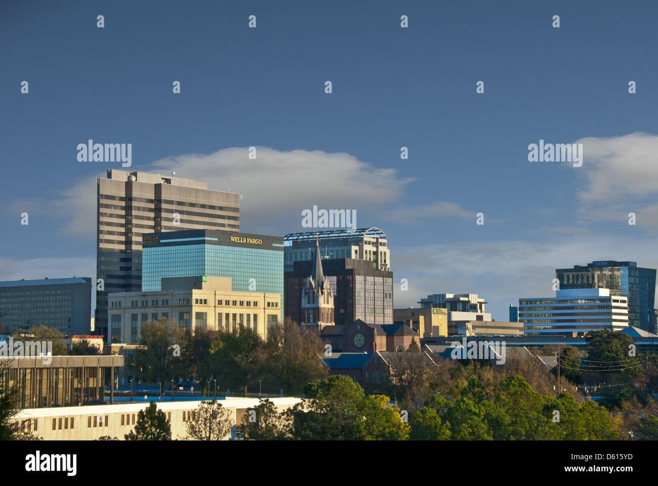 Skyline von Columbia, die Hauptstadt und größte Stadt in South Carolina, USA Stockbild