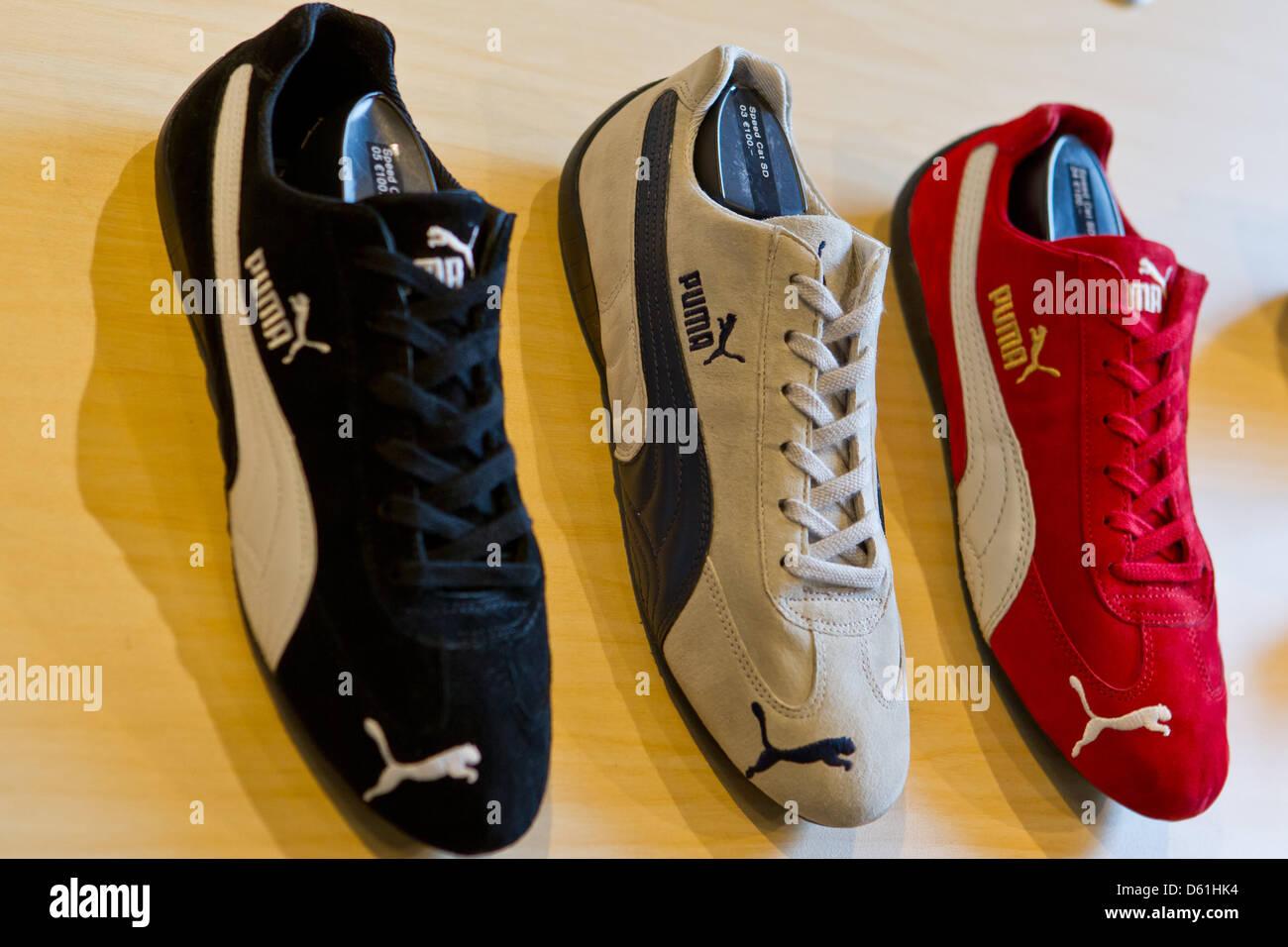 Shoes Sportswear Manufacturer Puma Displayed Stockfotos und