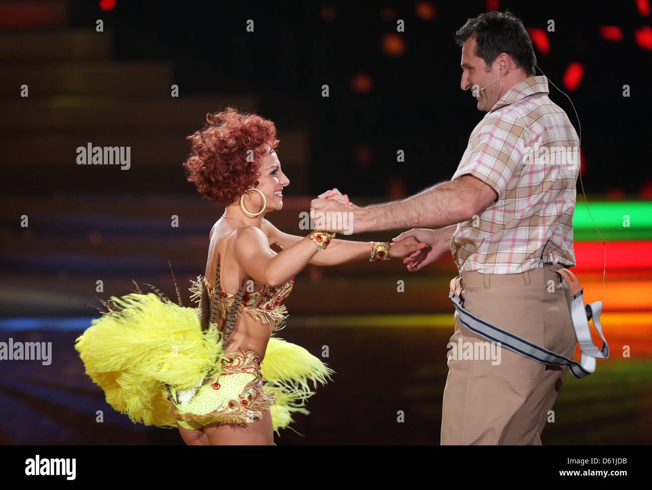 Wer ist auf dem Tanzen mit den Sternen 2012
