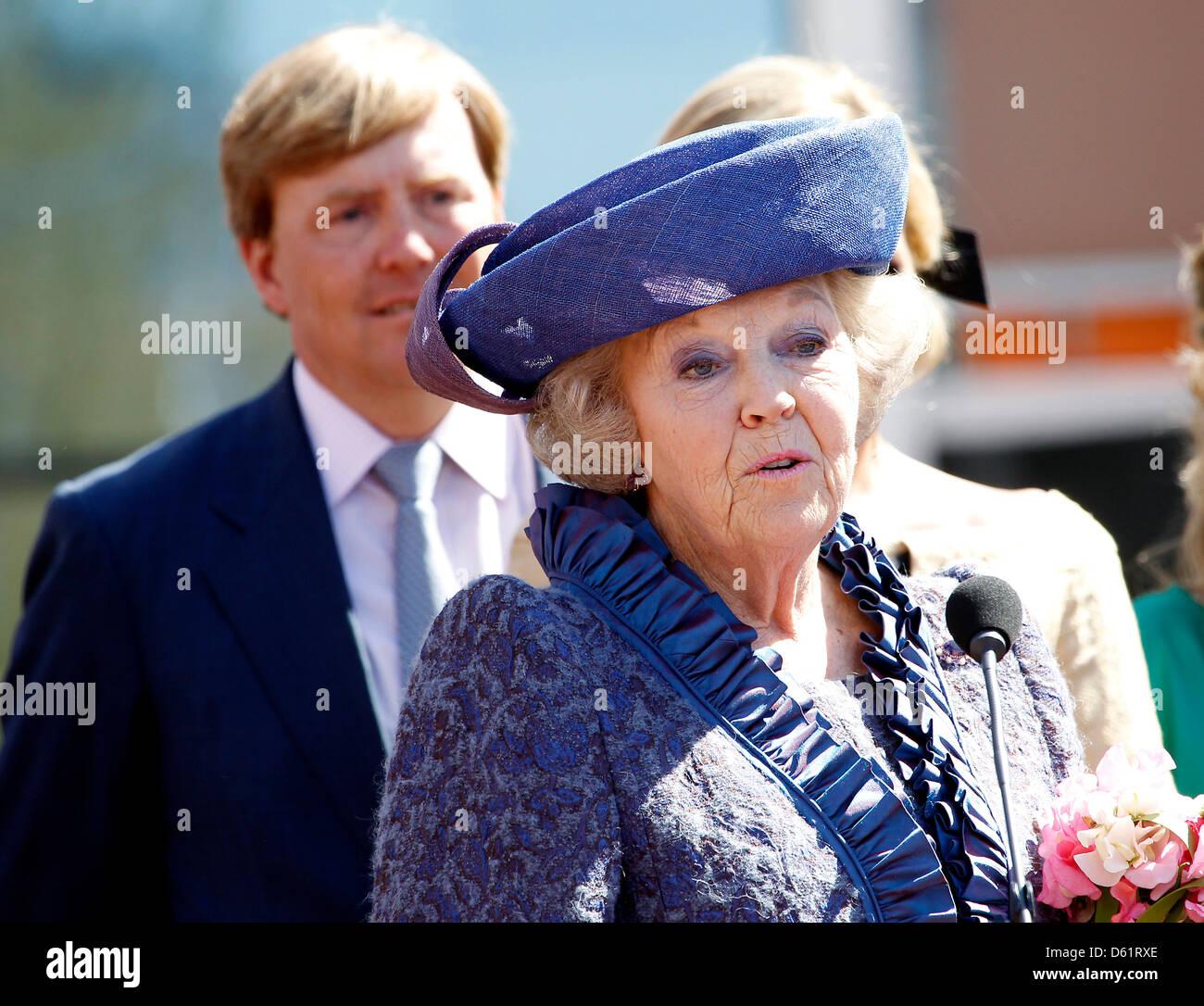 Niederlandischen Kronprinzen Willem Alexander Und Konigin Beatrix