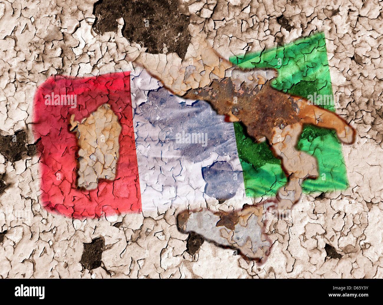 Italienische Flagge und Karte von Italien auf stark verwitterte Hintergrund. Stockbild