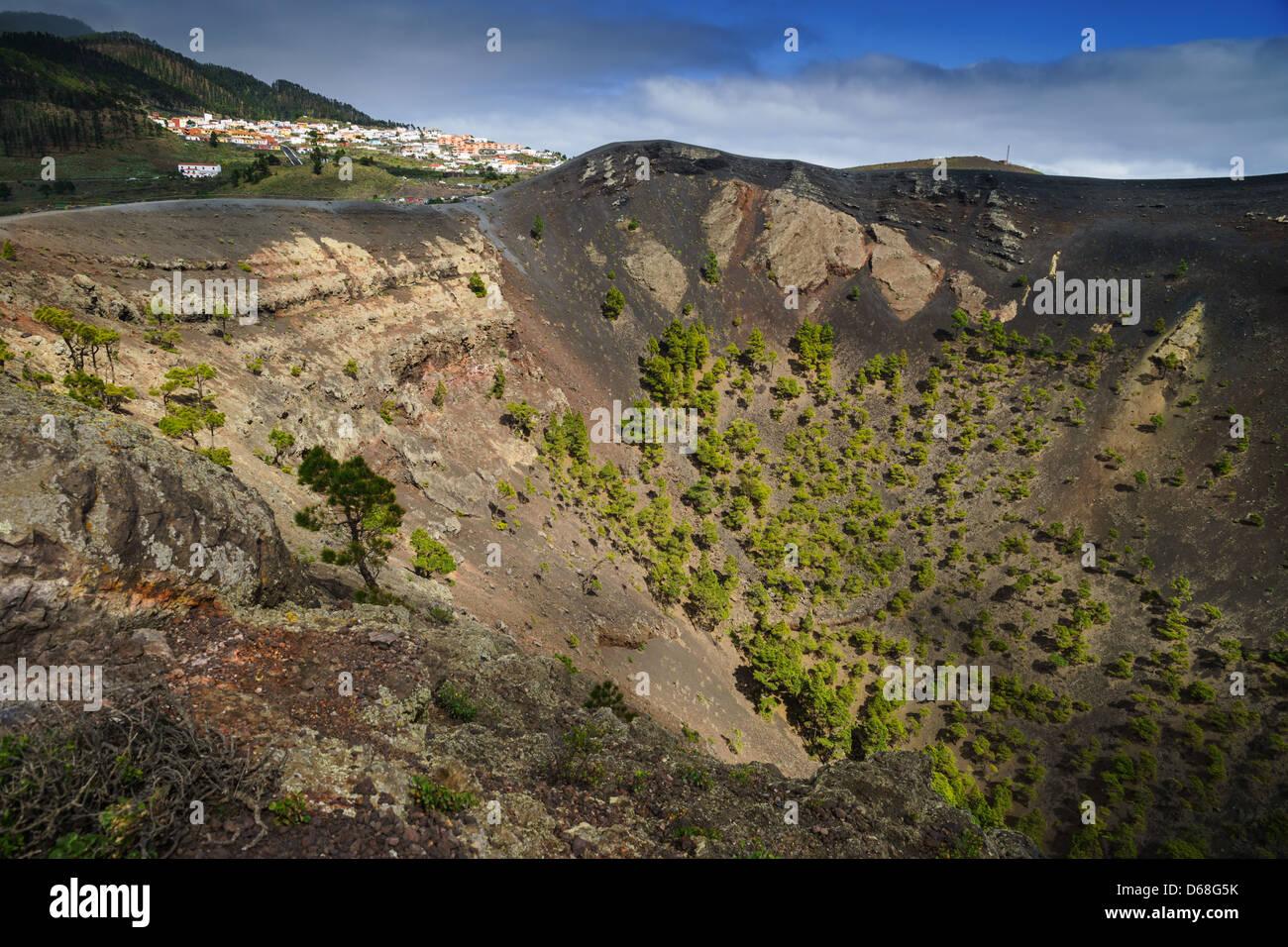La Palma, Kanarische Inseln - Volcano Park von San Antonio, Fuencaliente, südlich der Insel. Der Krater. Stockfoto