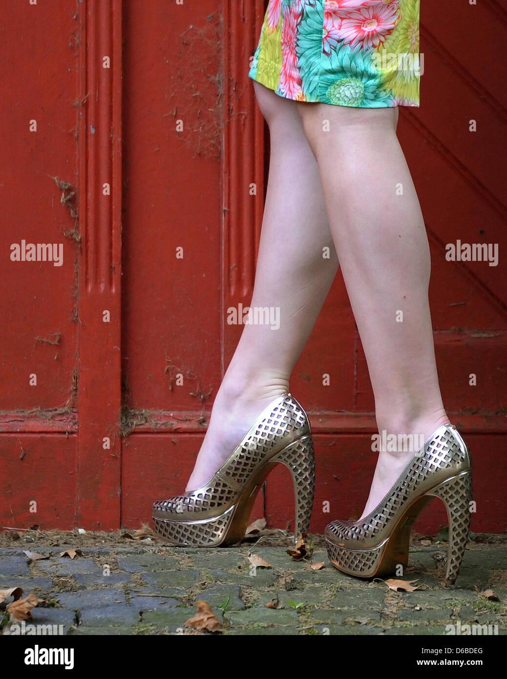 1660dc52e75f79 August 2012. Vom 05. bis 7. September 2012 der Schuh messen GDS und Global  Shoes präsentieren die Schuh-Mode-Trends für Frühjahr Sommer 2013.
