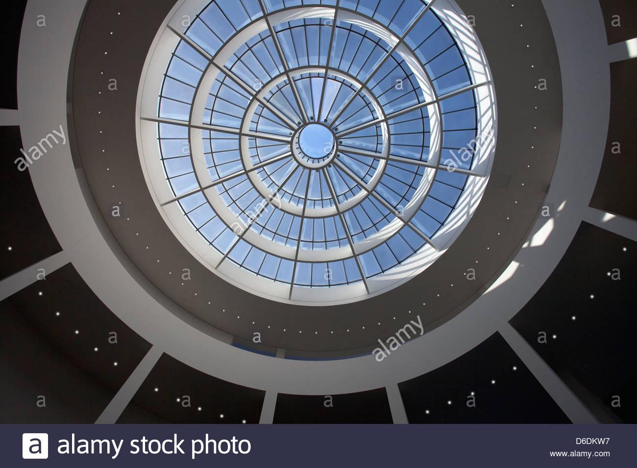 Pinakothek der Moderne Innenraum Museum München Stockbild