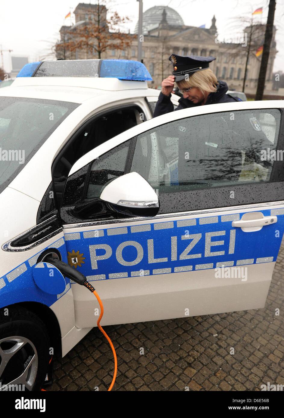 Einen Polizisten datieren, was zu erwarten ist