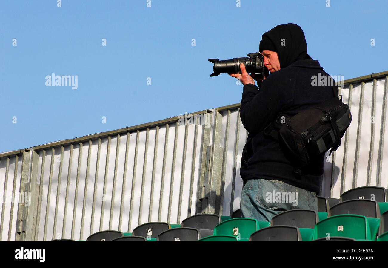 Ein Fotograf bei einer Motorsport-Veranstaltung treffen Stockbild