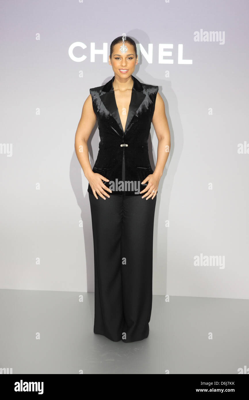 US-Sängerin Alicia Keys kommt für die Chanel-Modenschau im Rahmen ...