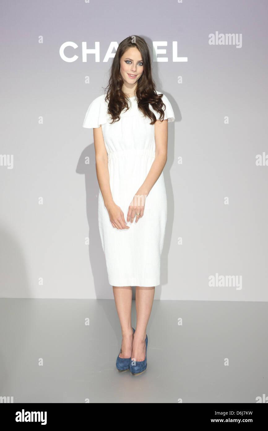 Britische Schauspielerin Kaya Scodelario kommt für die Chanel ...