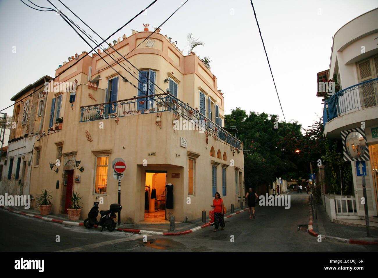 Straßenszene in der trendigen Neve Tzedek Nachbarschaft, Tel Aviv, Israel, Naher Osten Stockbild