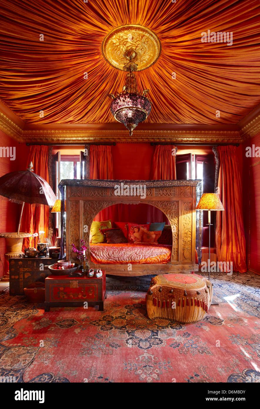 Schlafzimmer Indisch zimmer rot indische asiatische exotische geschnitzten schlafzimmer