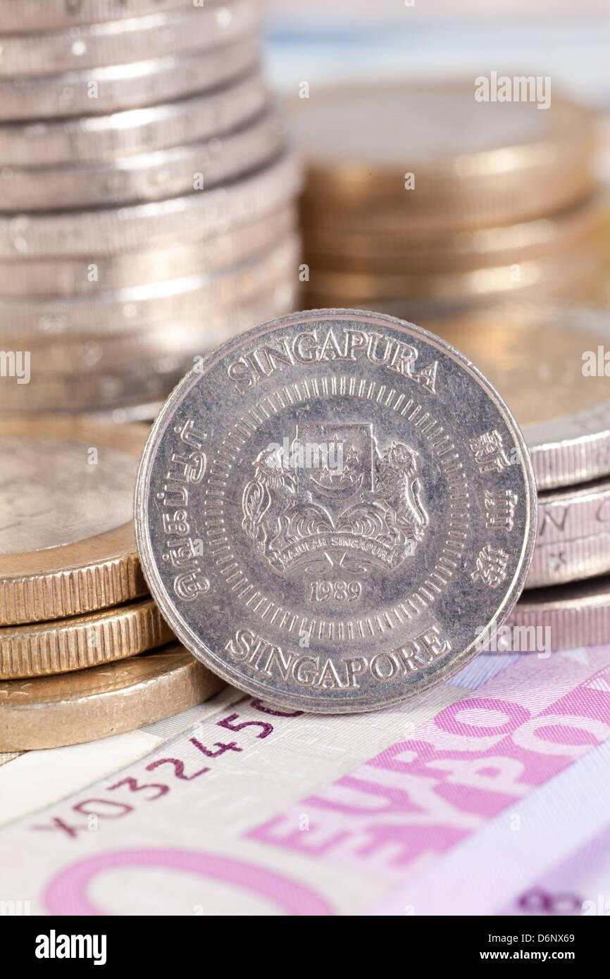 Berlin Deutschland Euro Banknoten Und Eine Euromuenzen Singapur