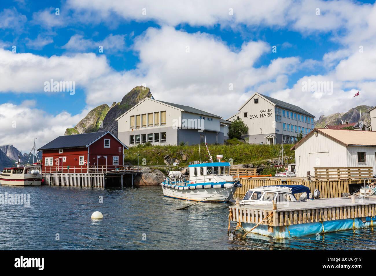 norwegische kabeljaufang stadt reine lofoton inseln norwegen skandinavien europa stockfoto. Black Bedroom Furniture Sets. Home Design Ideas